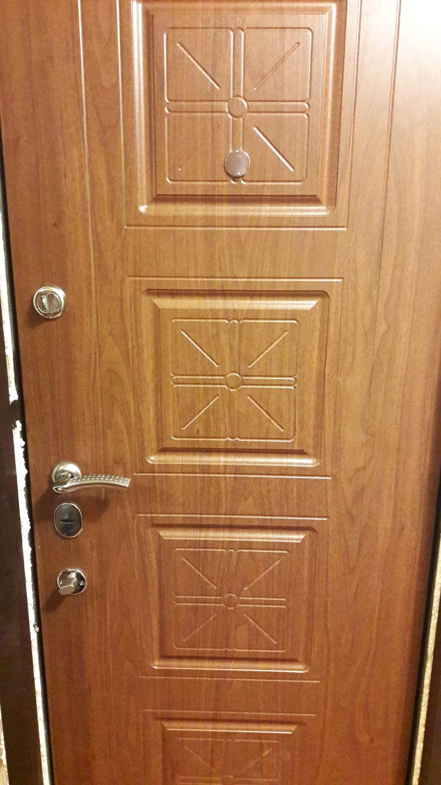 входные двери в квартиру на севере москвы цены