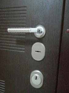 Ремонт и замена ручек дверных в Киеве